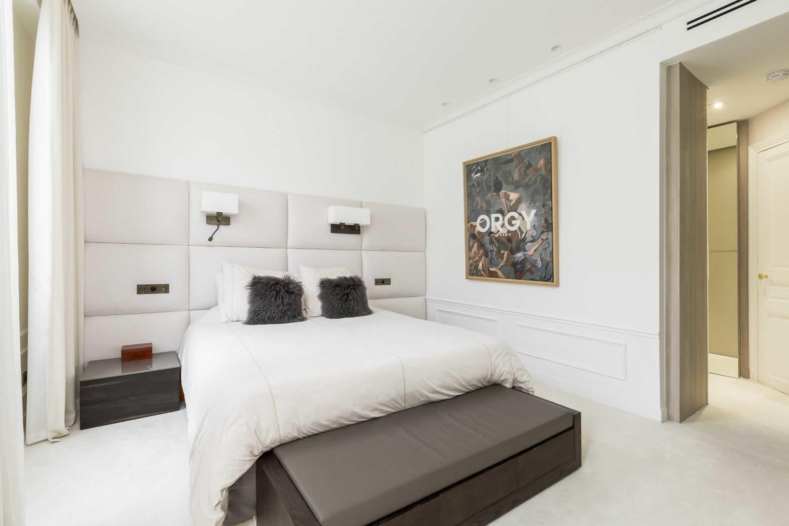 appartement-luxe-vue-exceptionnelle-a-vendre-sur-ile-de-la-cite-cave-hammam-garage