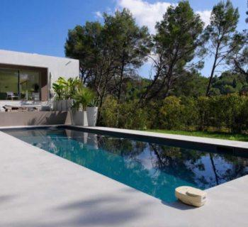 beautiful-contemporary-house-with-swimming-poo-for-sale-aix-en-provence-fireplace-laundry-room