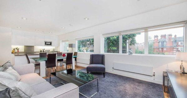 bright-apartment-for-rent-south-kensington-large-windows-clear-views-modern-kitchen