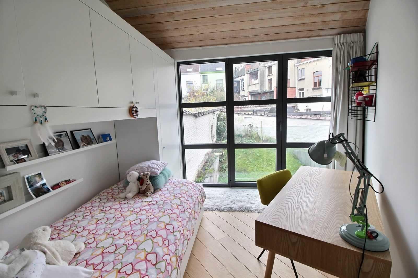Maison loft urbain moderne de 220 m2 à vendre à Uccle : 3 chambres ...