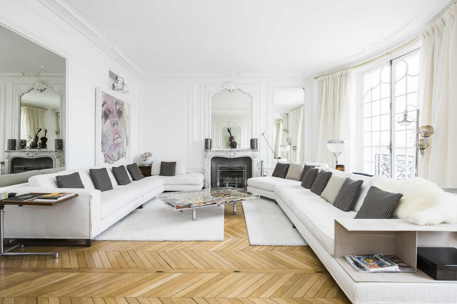 Modern Apartment Living Room Ideas