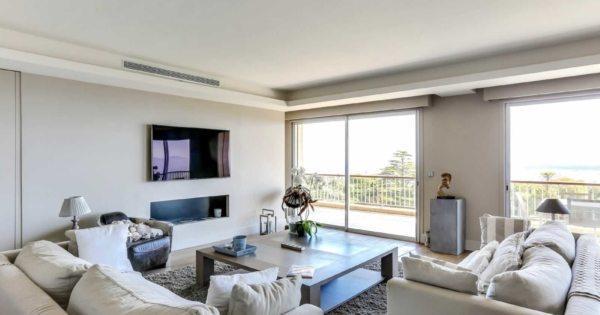 prestigious-apartment-panoramic-sea-view-for-sale-landscaped-lawn-swimming-pool-cellar-terrace-garage