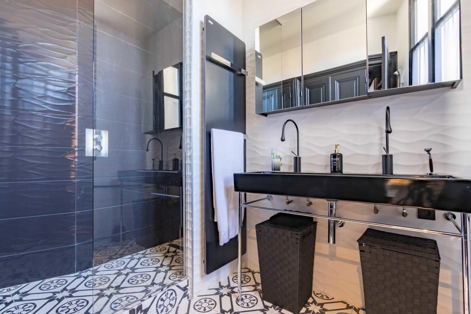 bel-appartement-a-vendre-triangle-dor-copernic-balcon-filant-vue-degagee-parking