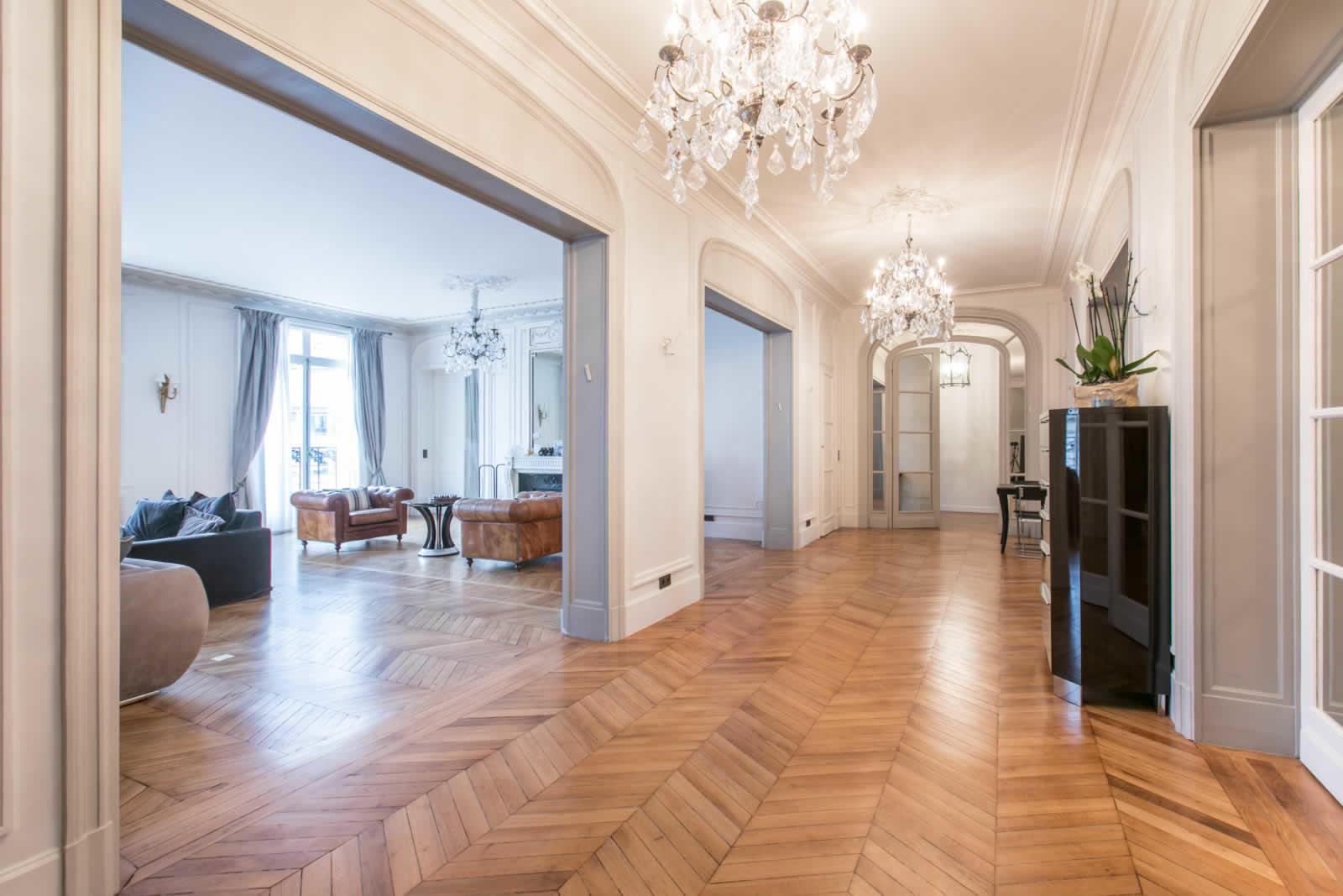 appartement de luxe enti rement r nov vendre avenue. Black Bedroom Furniture Sets. Home Design Ideas