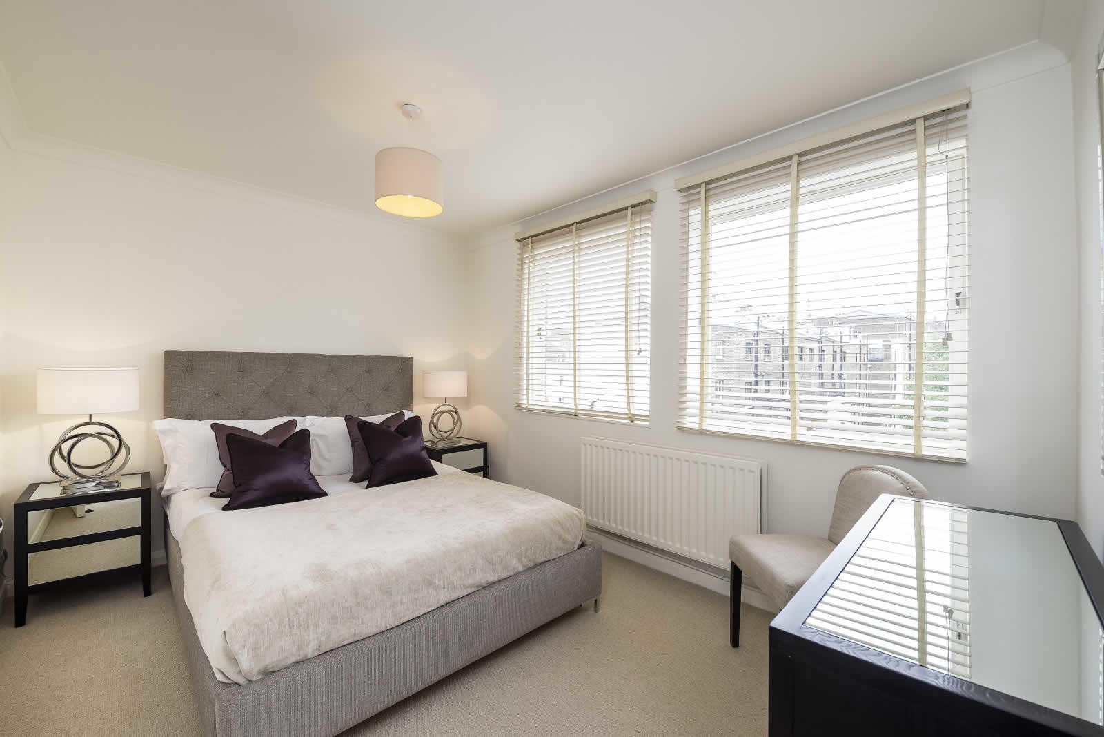 spacieux-appartement-meuble-a-louer-immeuble-prive-ascenseur-south-kensington-cuisine-ouverte-vestiaire