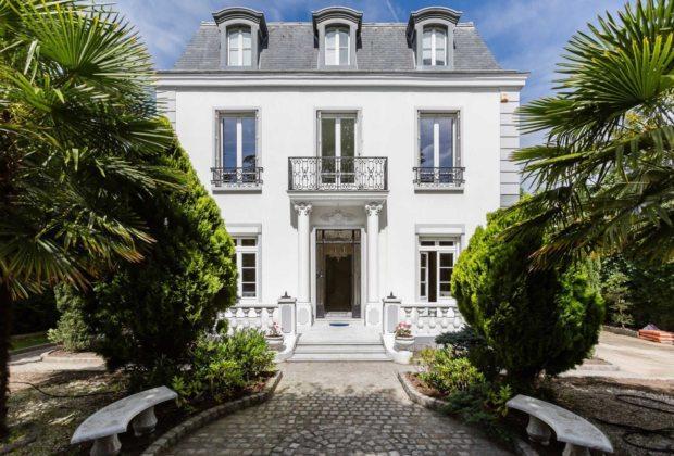 bel-hotel-particulier-a-vendre-varenne-saint-hilaire-jardin-paysager-veranda-terrasse-sauna-hammam