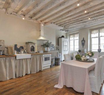 charming-family-apartment-for-sale-cellar-attics