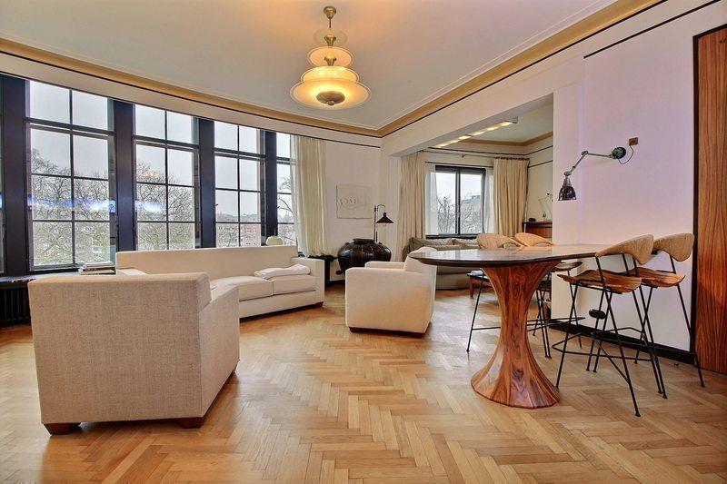 Manoir vendre uccle 6 chambres salon chemin e for Acheter maison belgique