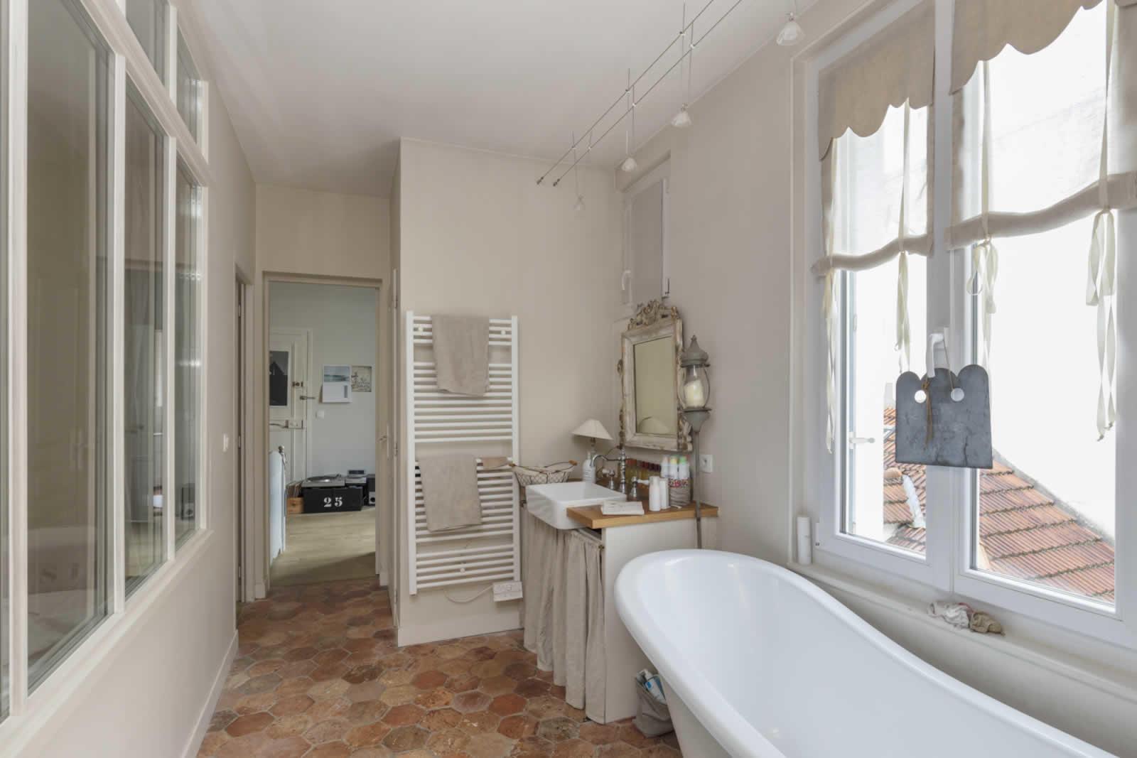 charmant-appartement-familial-a-vendre-parquet-cave-greniers