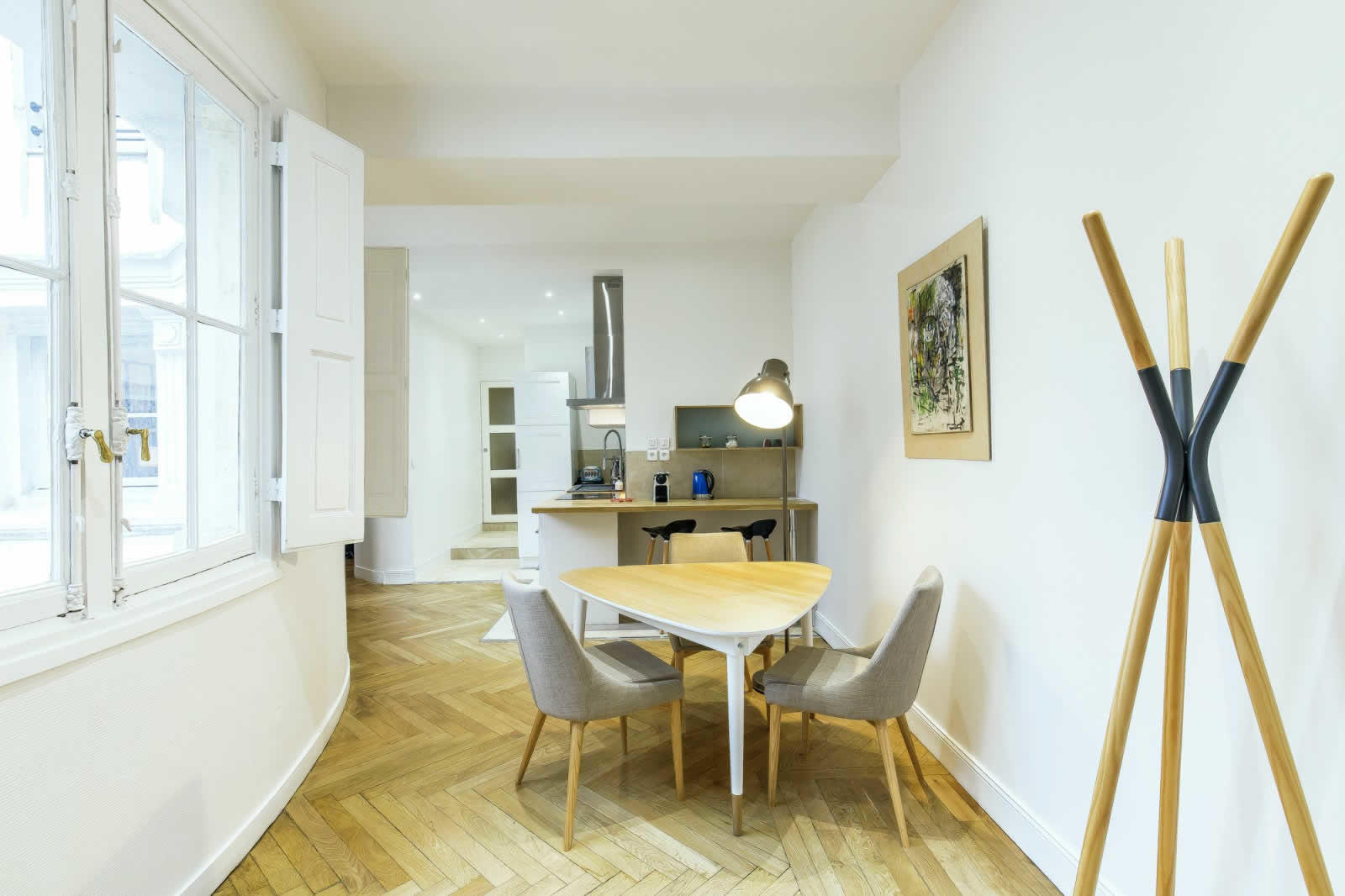 Beautifully Renovated Apartment For Sale near Place Bellecour, Lyon ...