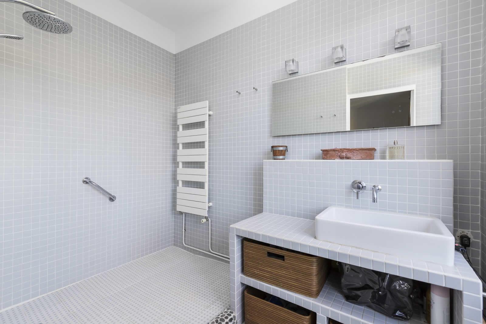 belle-maison-vue-marne-a-vendre-varenne-saint-hilaire-piscine-chauffee-veranda-grand-garage