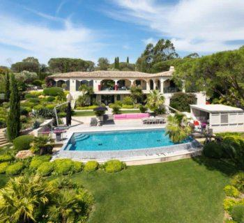 exceptional-vacation-estate-for-sale-ramatuelle-pampelonne-view-of-sea-terrace-swimming-pool