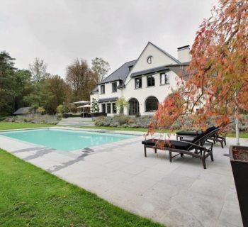 exceptional-mansion-for-sale-overijse-reception-area-garden-views-swimming-pool-tennis-court-garages