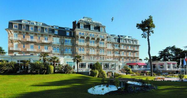 groupe-barriere-la-baule-royal-thalasso-barriere-resort-bien-etre-ambiance-marine-resort-bretagne
