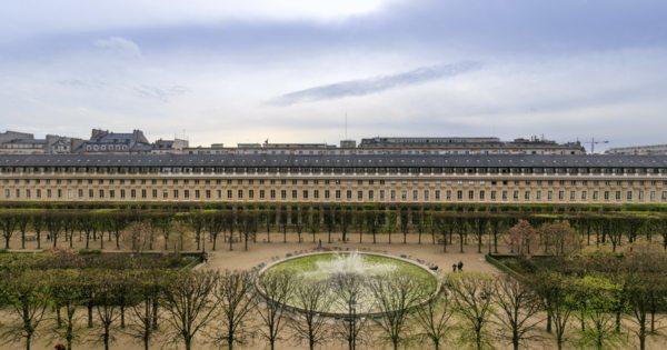 appartement-jardins-palais-royal-a-vendre-prestigieux-1er-arrondissement-terrasse-panoramique-cheminee