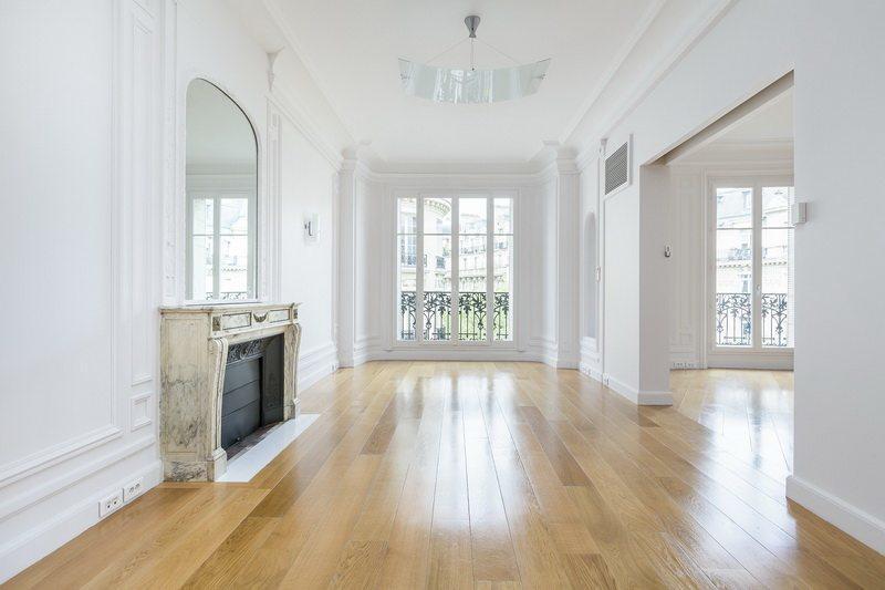 superbe-appartement-a-vendre-raspail-varenne-danment-balcon-filant-beaux-volumes-cave