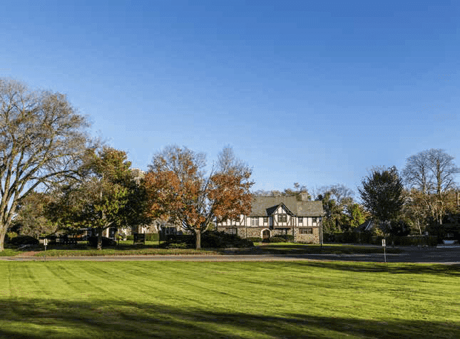Villas At Meadow Lakes Condo Association