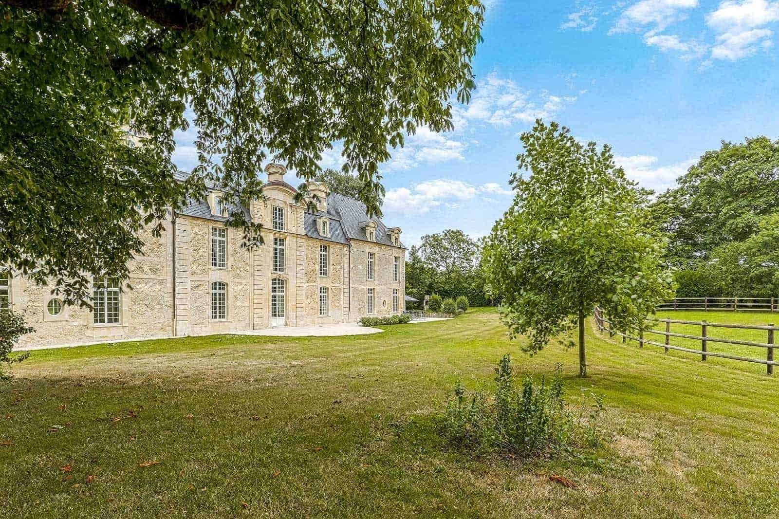 Exceptional One Story Garages For Sale: Exceptional Manor Estate For Sale Near Caen: 5 Bedrooms