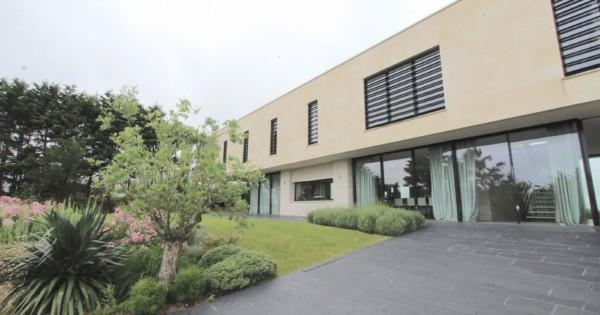 beachfront-contemporary-house-for-rent-cabourg-home-beach-varaville-swimming-pool-fireplace-closed-garage