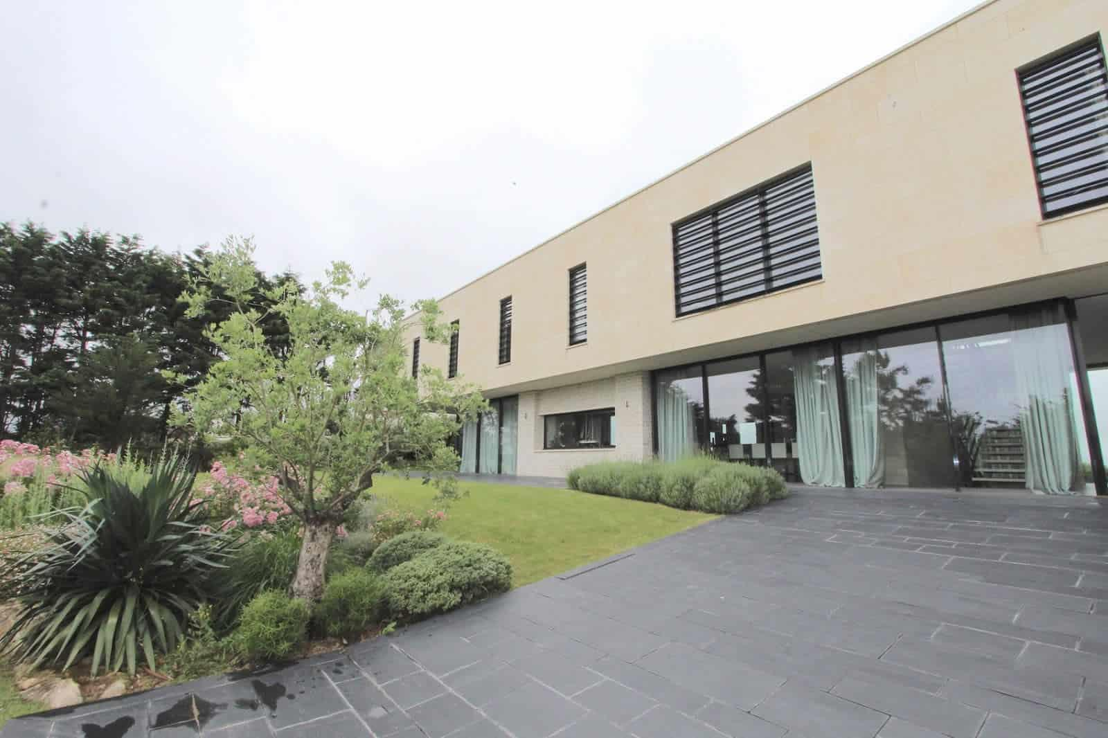 somptueuse-maison-contemporaine-a-louer-cabourg-home-varaville-piscine-cheminee-garage
