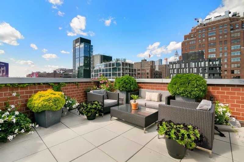 Penthouse en duplex avec terrasse donnant sur le west for Agence immobiliere zurich
