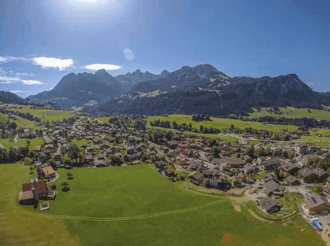 top 5 des destinations montagne pour une r sidence secondaire les alpes suisses gstaad. Black Bedroom Furniture Sets. Home Design Ideas