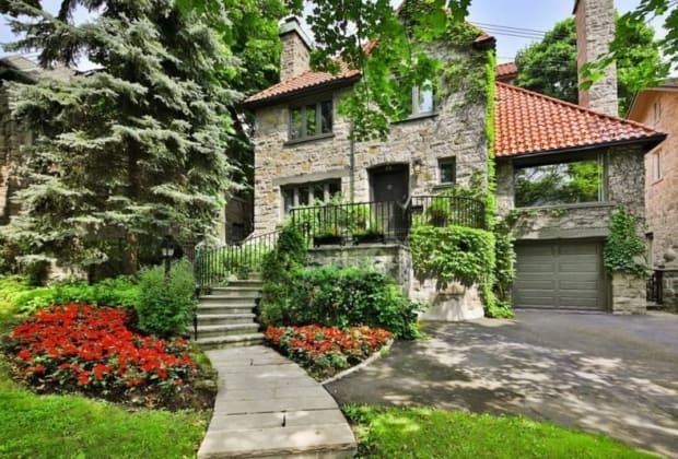 maison-magnifiquement-renovee-a-vendre-outremont-montreal-terrasse