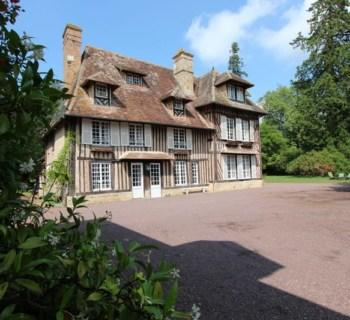superb-18th-century-manor-estate-crevecoeur-en-auge-normandy-region-vegetable-garden-garages