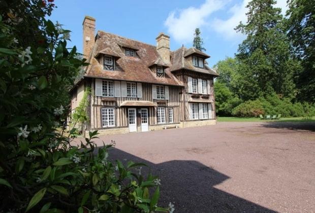 superb-18th-century-manor-estate-crevecoeur-en-auge-normandy-region-vegetable-garden-garages