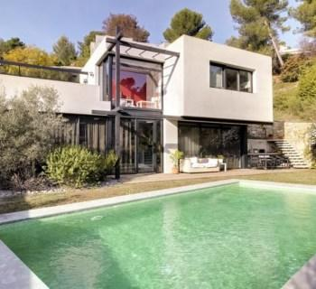 modern-villa-garden-swimming-pool-for-sale-cannet-large-bay-windows-fireplace