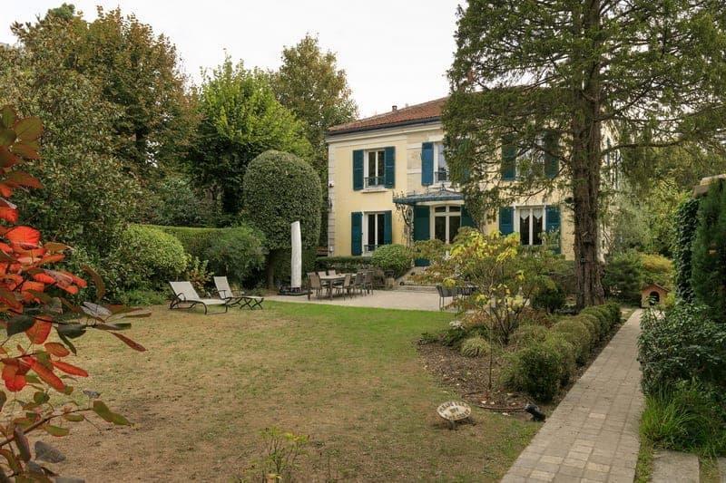 charmante-maison-a-vendre-meudon-grand-jardin-cheminee-cave-salle-sport