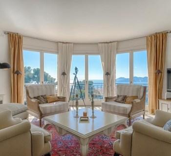 belle-villa-vue-panoramique-a-louer-cannet-terrasse-sauna-piscine