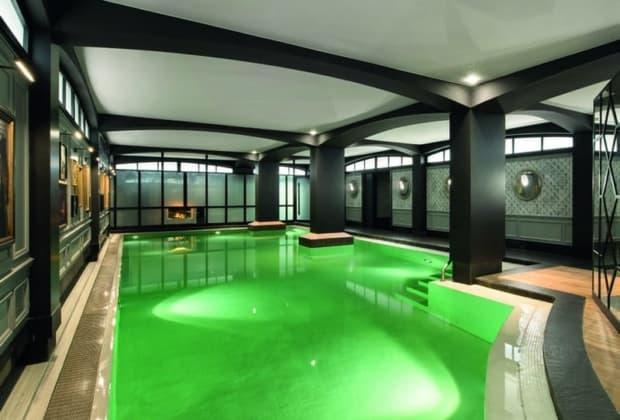 hotel-barriere-le-fouquets-paris-renovation-decorateur-jacques-garcia-design-raffine-ambiance-chic