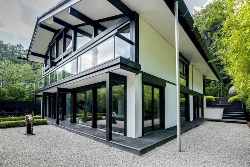 contemporary-design-huf-haus-residence-for-sale-richmond-park-lawned-garden-underfloor-heating-double-garage