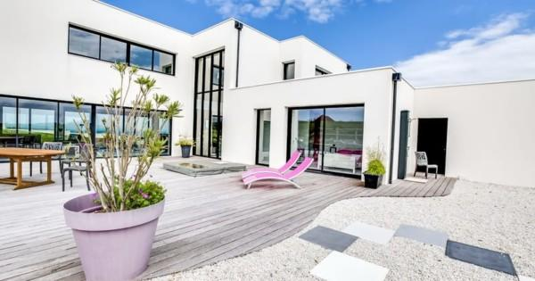 sublime-house-designed-architect-sea-view-for-sale-arromanches-les-bains-heated-swimming-pool-fireplace-garage