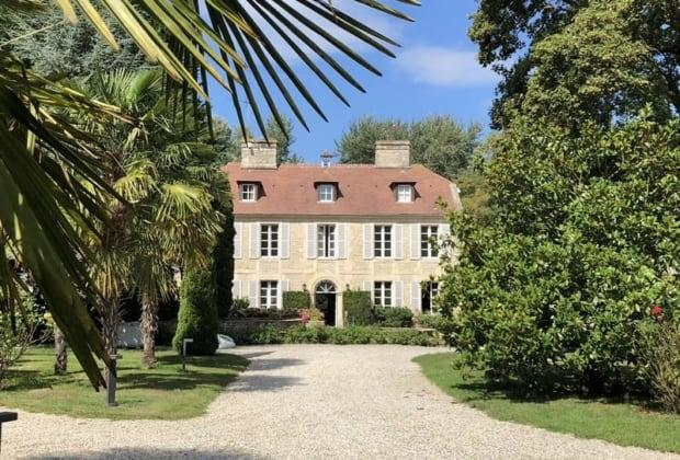 manoir-18eme-siecle-renove-a-vendre-beuvron-en-auge-caen-cheminee-piscine-interieure-bassins