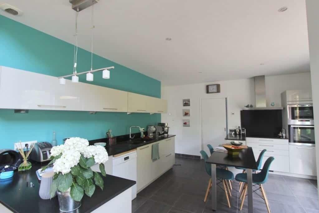 maison-architecte-a-vendre-honfleur-cheminee-terrasses-mezzanine-piscine-chauffee