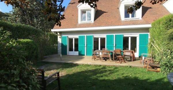 beautiful-house-for-sale-villennes-sur-seine-fireplace-wine-cellar-garage-laundry-room