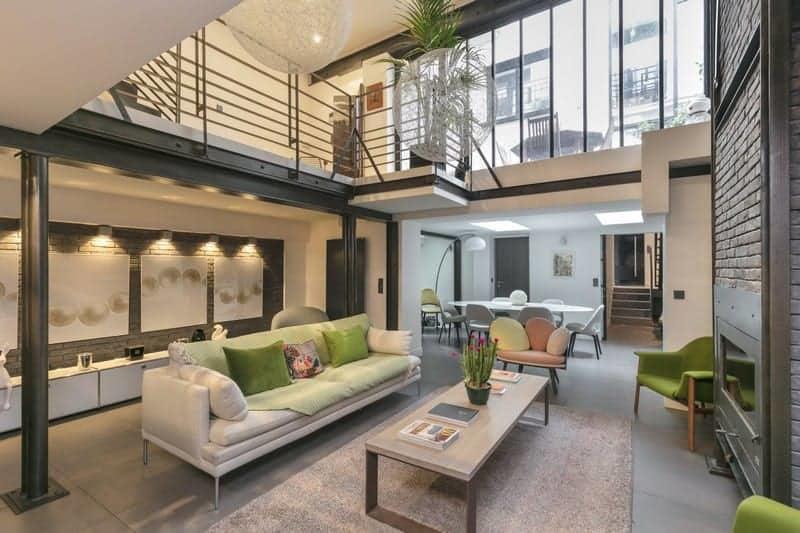 belle-maison-ville-style-loft-a-vendre-cuisine-moderne-terrasse
