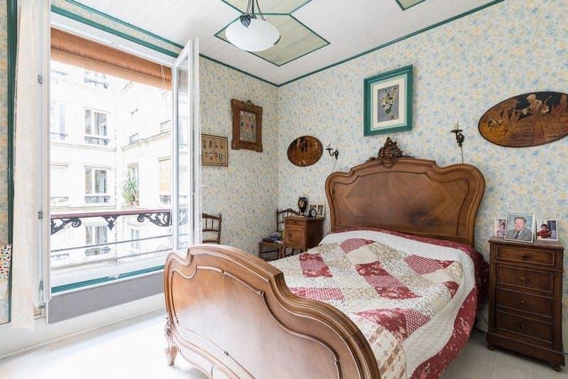duplex-cour-a-vendre-rue-chateau-deau-quartier-marche-saint-martin-double-sejour-caves