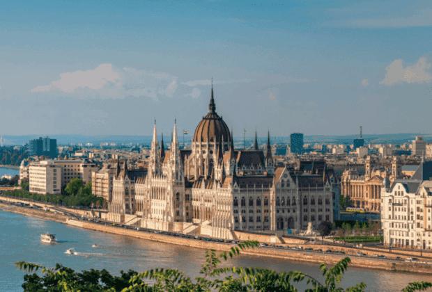 budapest-hungary-destination-rise-2019-barnes-luxury-real-estate