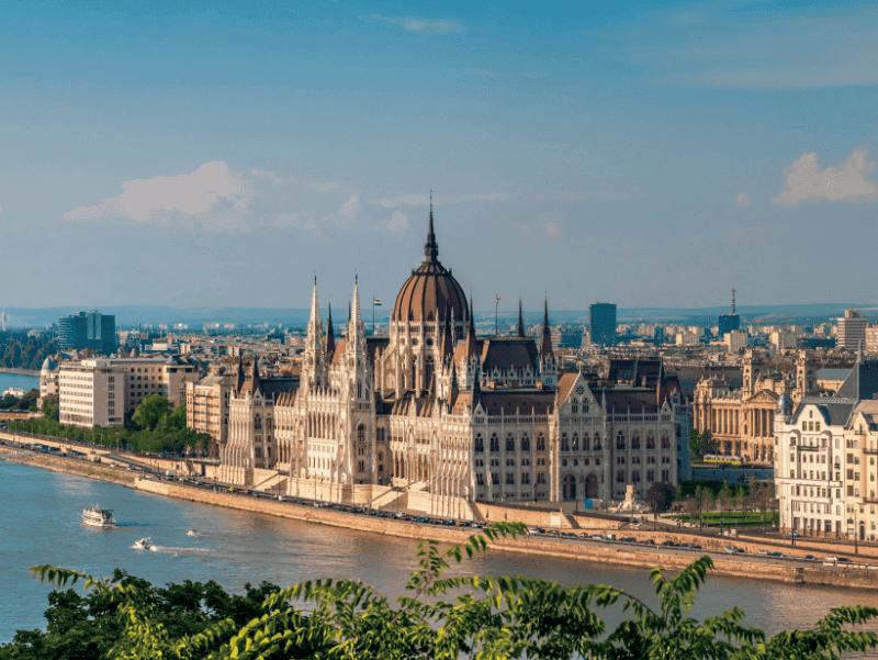 budapest-hongrie-destination-essor-2019-barnes-immobilier-luxe