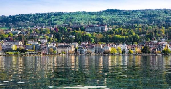 evian-france-destination-essor-2019-barnes-immobilier-luxe