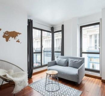 beautifully-renovated-apartment-for-sale-equipped-kitchen