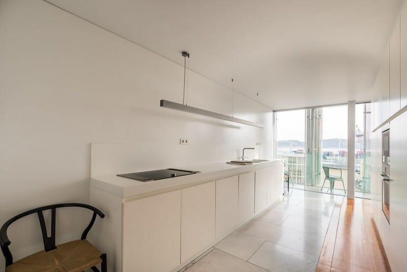 family-apartment-beautiful-lounge-overlooking-river-for-sale-santos