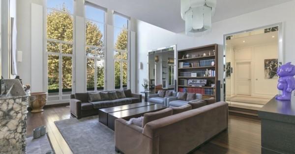 spectaculaire-hotel-particulier-a-vendre-quartier-saint-james-ascenseurs-terrasse-garage-jardin