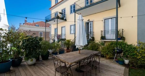 sublime-appartement-beau-jardin-a-vendre-quartier-graca-immeuble-renove-parking