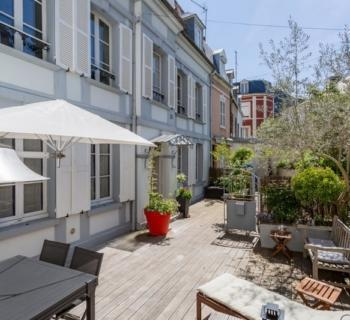 charming-1830s-villa-for-rent-trouville-sur-mer-furnished-terrace-fireplace-office