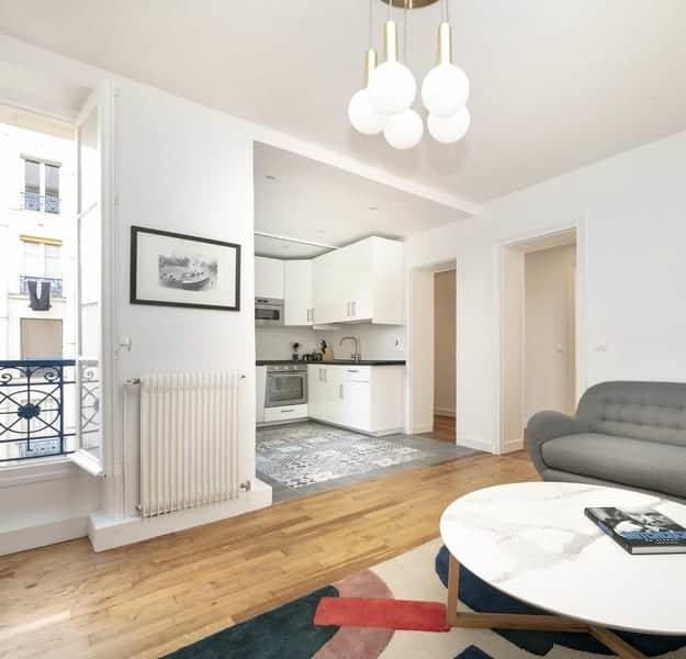 appartement-recemment-renove-immeuble-ancien-a-vendre-11e-arrondissement-cagibi-cave