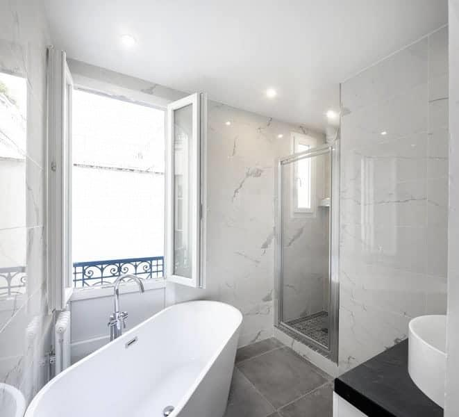 recently-renovated-apartment-old-building-for-sale-11th-arrondissement-storage-room-cellar